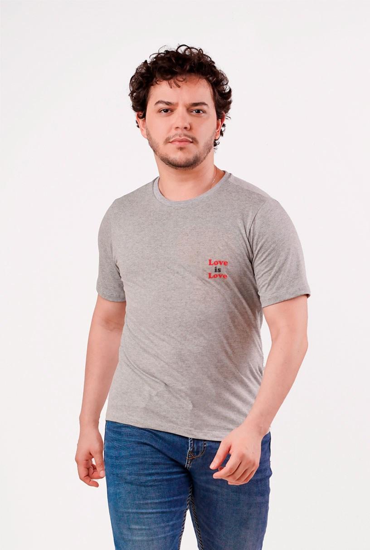 T-shirt Love Is Love - Coleção Pride